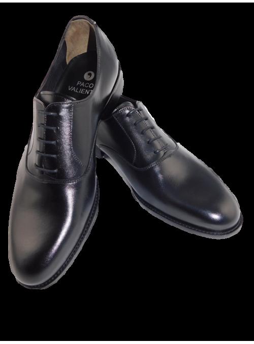 Zapato costura cordón