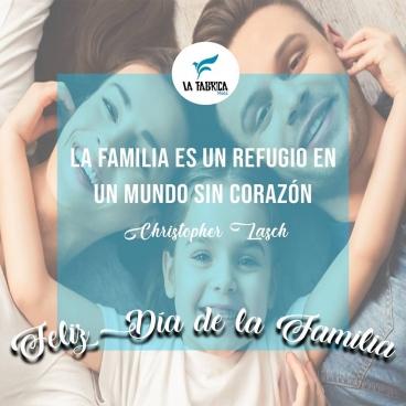 El lugar para encontrar la felicidad se llama hogar.  Lo más importante en estos tiempos es la familia, un lugar seguro donde resguardarnos y llamar hogar.  Nuestro hogar se llama La Fábrica Moda y desde esta ventana queremos agradecer a nuestras dependientas por sus valiosos #Fabriconsejos  La Familia de la Fábrica Moda os desea Feliz Día de La Familia . . . #FelizDia #ModaMasculina #ModaMasculinaEspañola #MensFashion #ModaEuropa #ModaEspaña #FelizDiaDeLaFamilia #Almeria #Spain